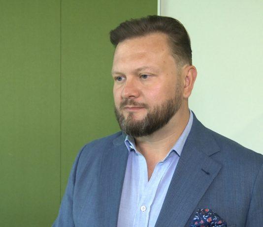 Polski start-up chce zrewolucjonizować dystrybucję prasy. Nowy model opiera się na subskrypcji podobnej do Netflixa