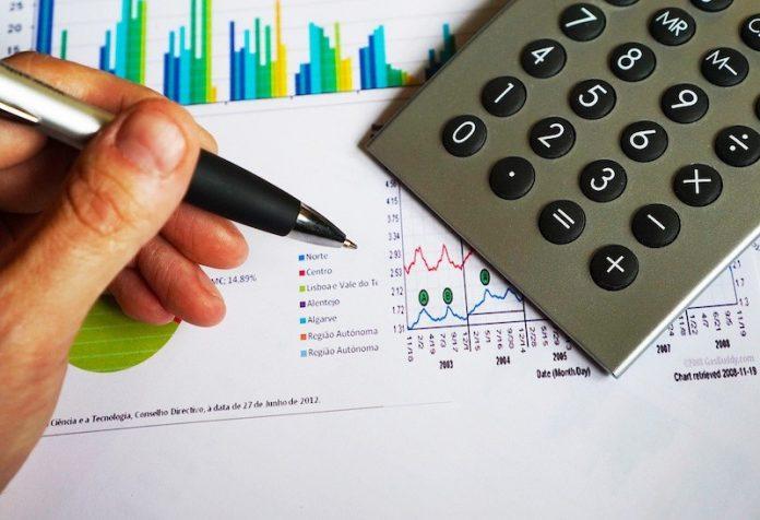 """Wady i zalety pożyczek gotówkowych typu """"chwilówki"""""""