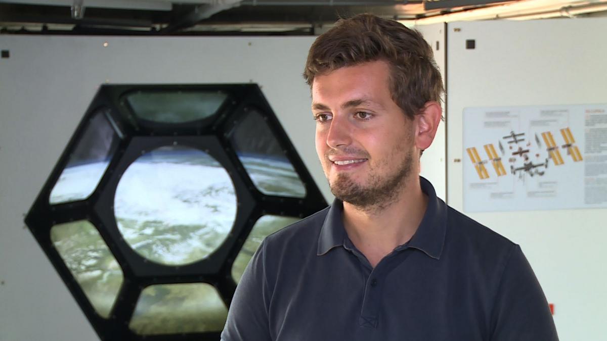 Zrobotyzowane teleskopy nie są w stanie wykryć wszystkich zagrożeń na niebie. Raz na tydzień obok Ziemi przelatuje potencjalnie niebezpieczny obiekt 1