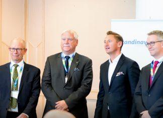 Od lewej: Ambasador Danii - Ole Mikkelsen, Prezes SPCC - Carsten Nilsen, Marszałek Województwa Zachodniopomorskiego - Olgierd Geblewicz , Ambasador Szwecji - Stefan Gullgren