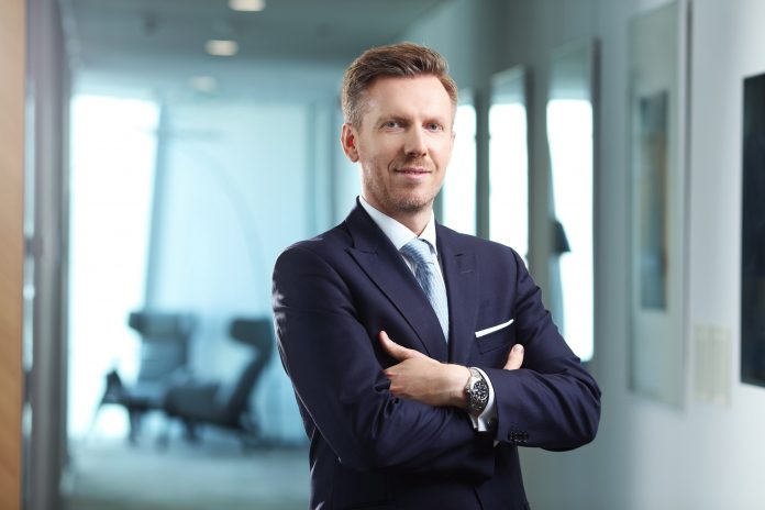 Tomasz Buras, dyrektor zarządzający oraz dyrektor działu doradztwa inwestycyjnego Savills