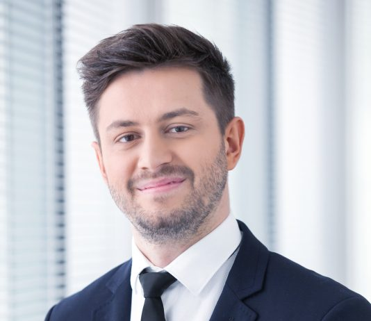 Michał Wachowicz, konsultant w dziale rynków kapitałowych, Cushman & Wakefield