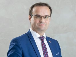Dariusz Szwed[1]