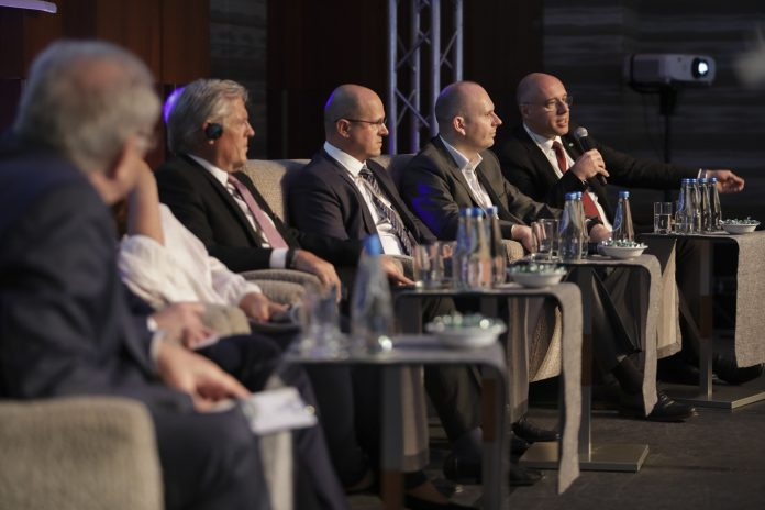 Top Industry Summit (2)