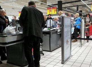 kasa sklep kasjer supermarket