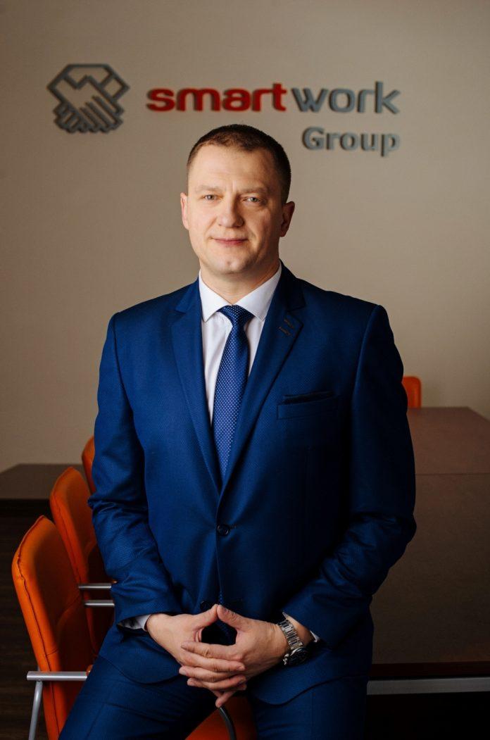 Mariusz Hoszowski - Prezes firmy Smart Work