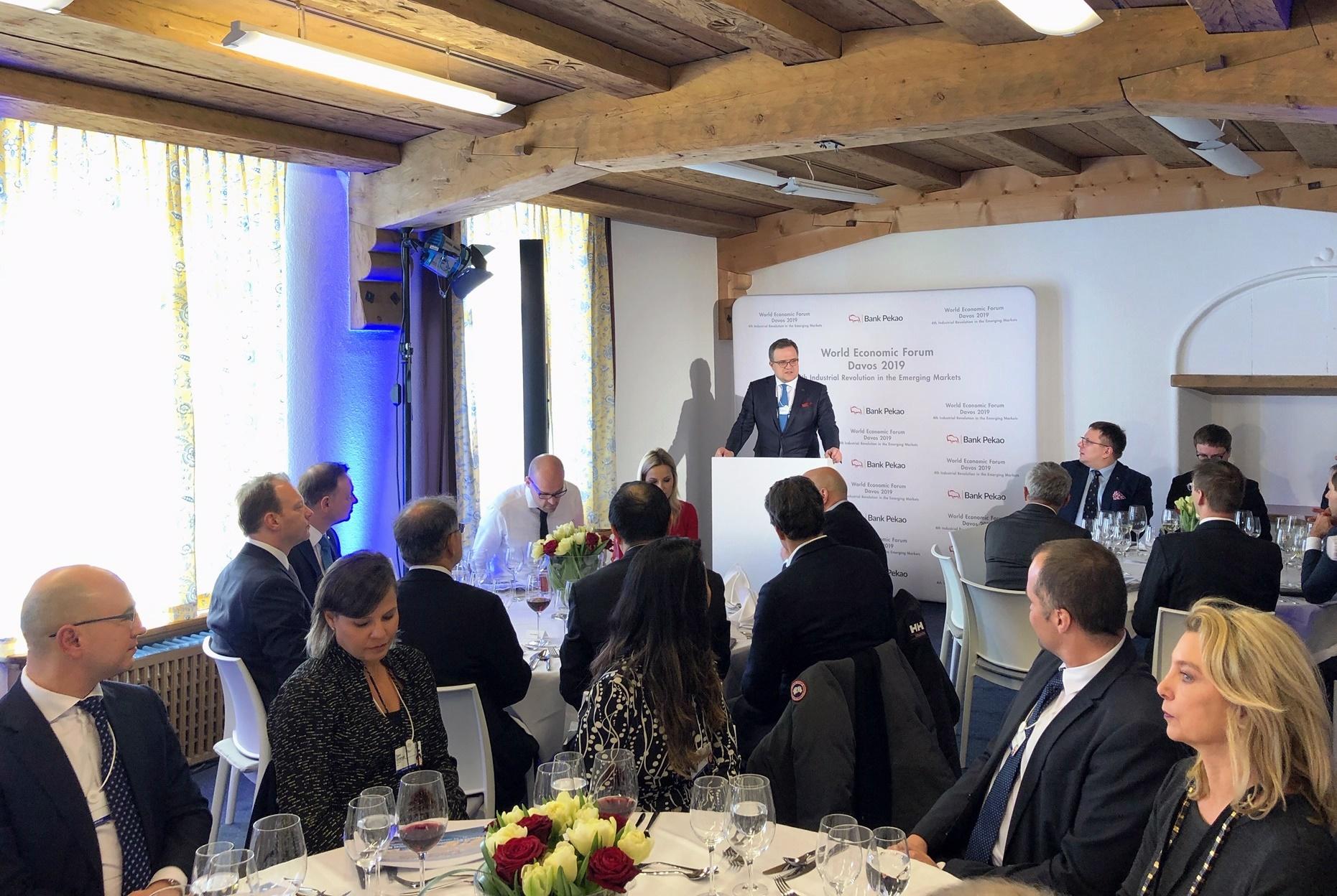 panel zorganizowany przez Bank Pekao w Davos