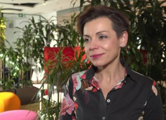 Mniej niż połowa Polaków zamierza obchodzić walentynki. Najchętniej kupowanym prezentem są kwiaty i słodycze