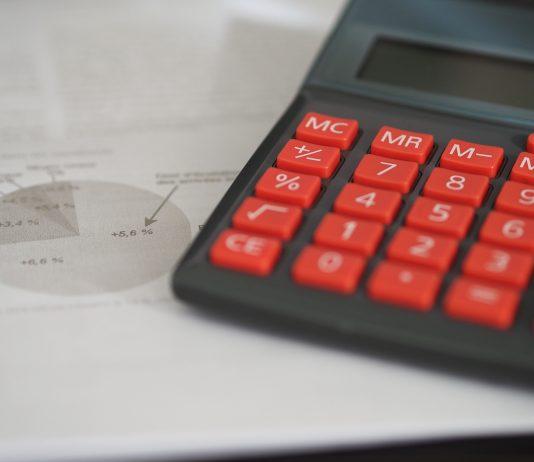 analiza koszt podatek ubezpieczenie