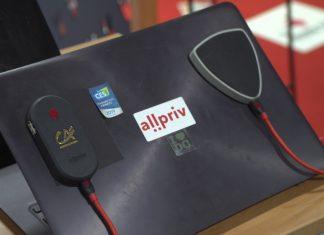 Rośnie liczba ataków hakerskich poprzez publiczne sieci Wi-Fi. Niewielkie urządzenie testowane przez wojsko pozwala skutecznie ochronić komputer