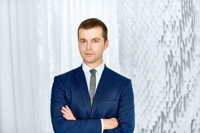 Łukasz Dziedzic, Starszy Konsultant w Dziale Badań Rynku i Doradztwa, JLL