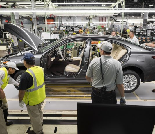 Luxus fabryka przemysł motoryzacja (2)