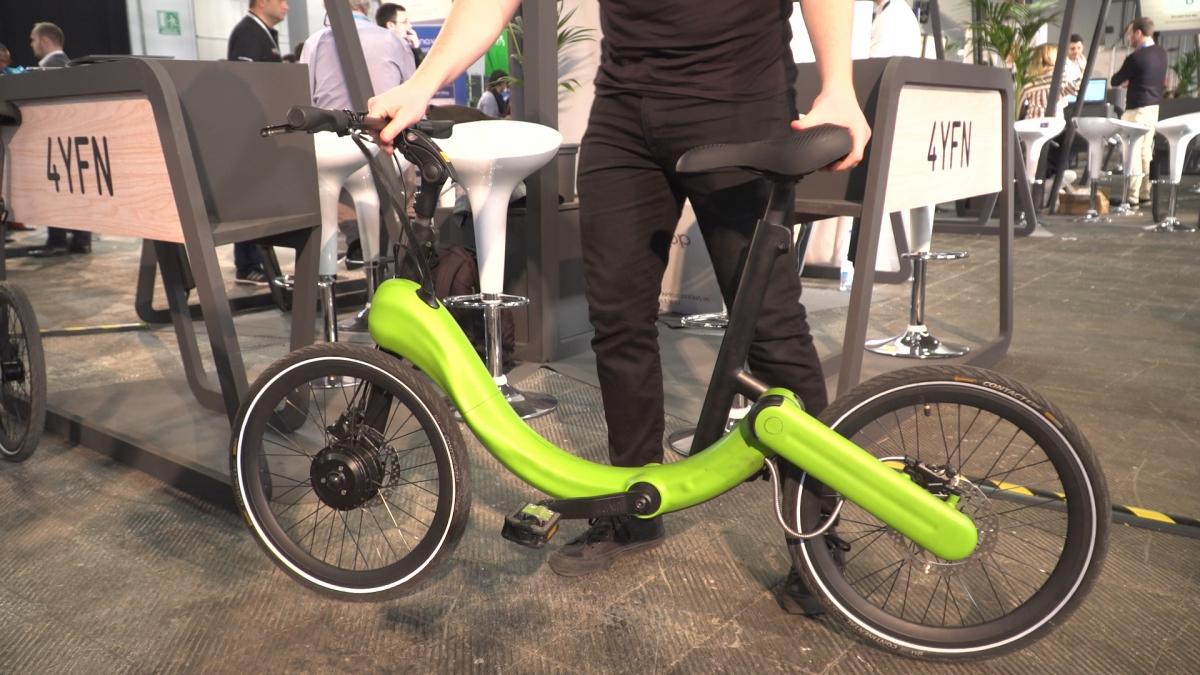 MWC19: Rowery i hulajnogi elektryczne mogą pomóc w odkorkowaniu zatłoczonych miast. Te inteligentne mają funkcję automatycznego składania i systemy kontroli prędkości 1