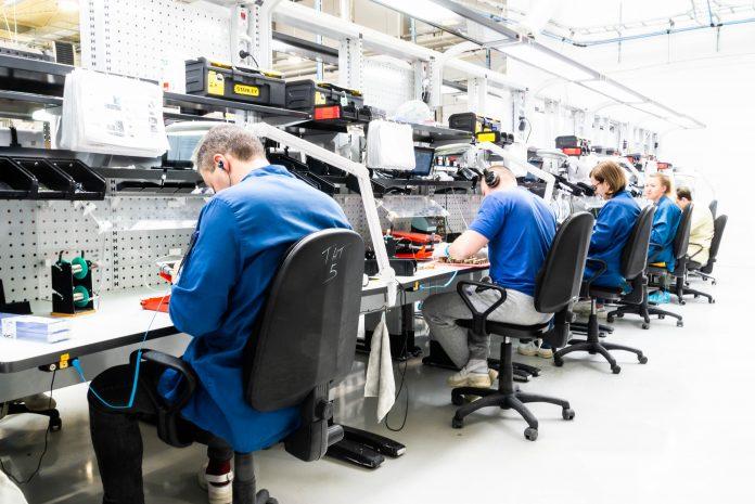 Fabryka FIBARO w podpoznańskim Wysogotowie (1)