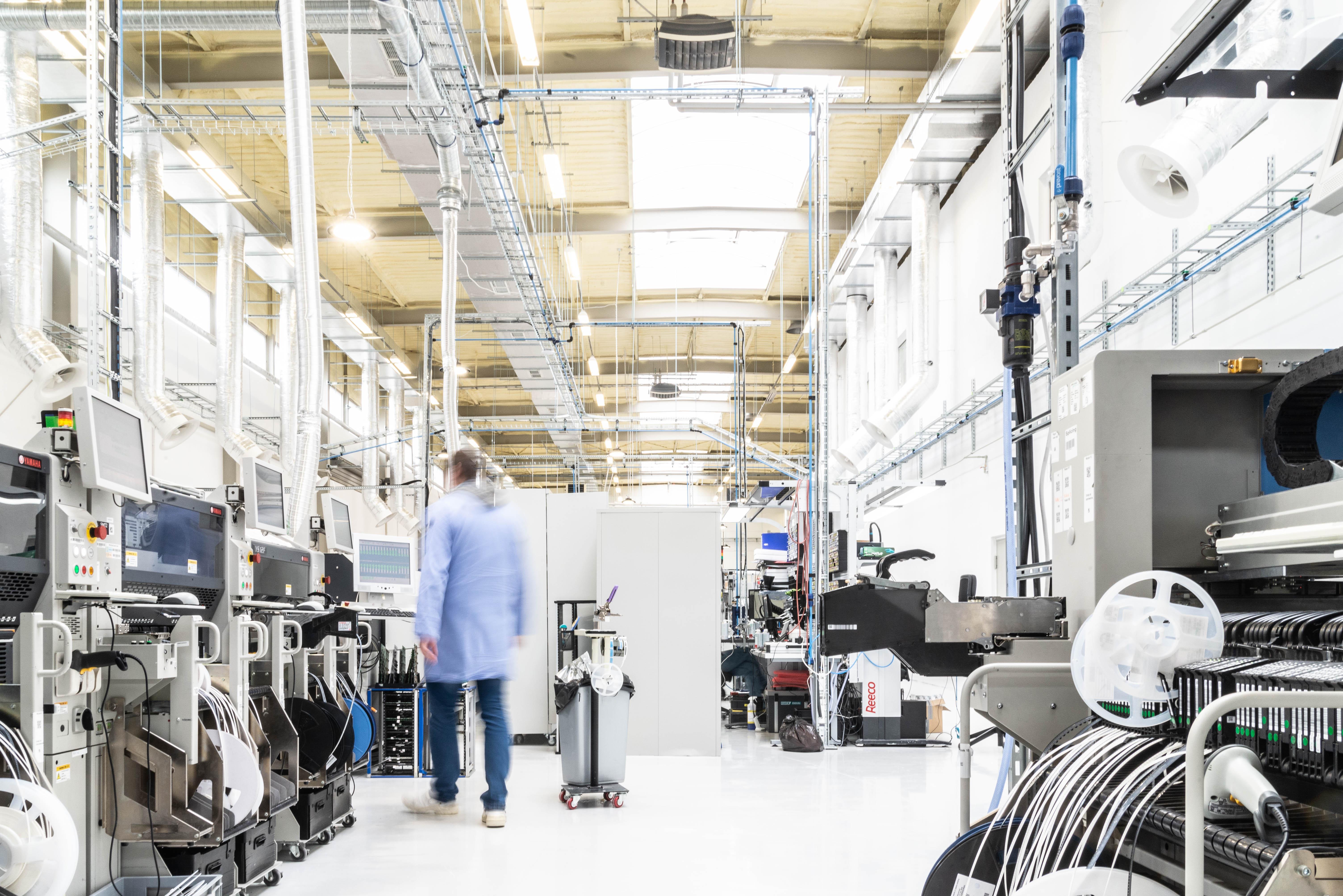 Fabryka FIBARO w podpoznańskim Wysogotowie (2)