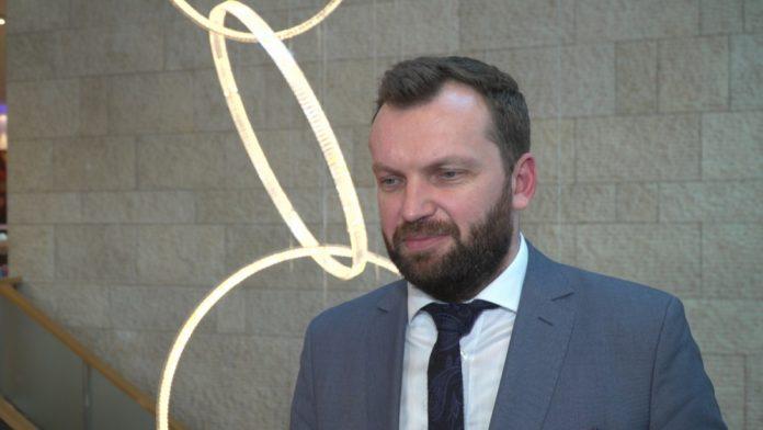 Ministerstwo Finansów: unijna dyrektywa o usługach płatniczych nie wprowadzi w Polsce finansowej rewolucji
