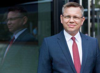 Piotr Kaszyński FRICS, Partner Zarządzający, Cresa Polska