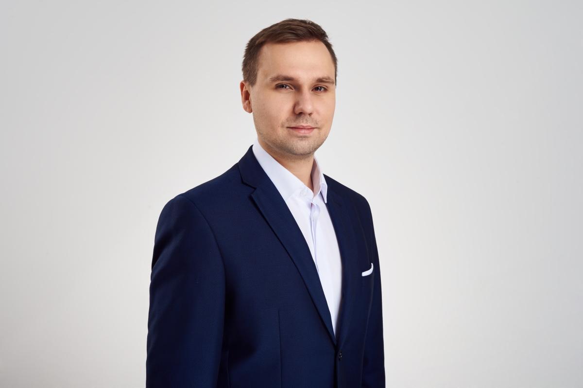 Przemysław Furmanek - specjalista w dziale Restrukturyzacji, firma doradcza Lege Advisors