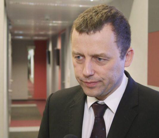 Rząd chce walczyć z białymi plamami na transportowej mapie Polski. Kolejnym krokiem Strategia Rozwoju Transportu