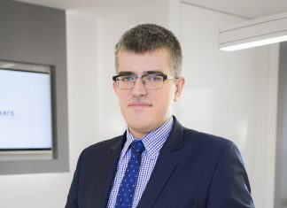 Sebastian Trojanowski, zarządzający portfelami w TMS Brokers