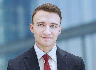Łukasz Jasiński, Strategy Advisor w Crowe Administration