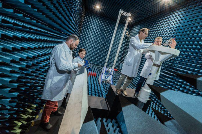 Laboratorium Techniki Antenowej Politechniki Wroclawskiej (fot. Thorium Space)