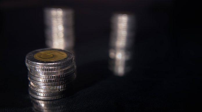 monety złoty pieniądze finanse
