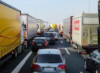 transport ciężarówka (2)