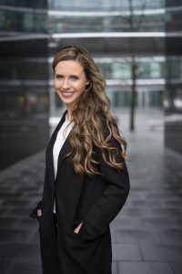 Anna Hofman, Associate w dziale powierzchni handlowych, Cushman & Wakefield