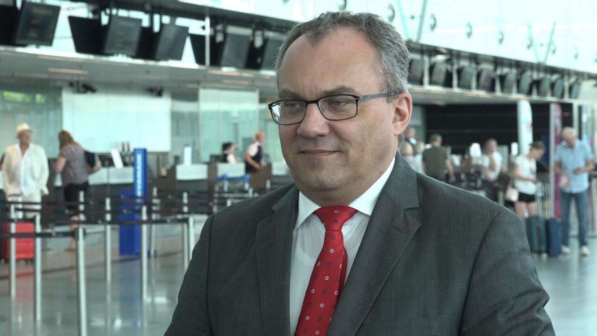 Port Lotniczy we Wrocławiu planuje rozbudowę terminala. W rekordowym roku lotnisko obsłużyło 3,3 mln pasażerów 1