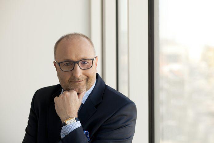 Przemysław Gawlak z Esaliens TFI