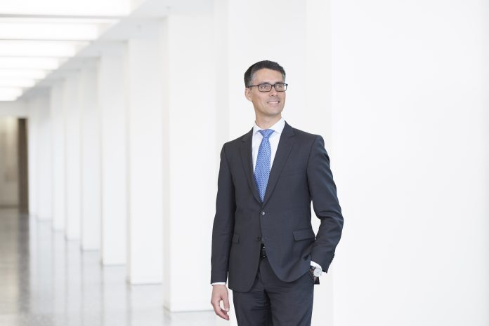 Philippe Mueler Head, Investment Themes, Chief Investment Office, UBS Global Wealth Management UBS
