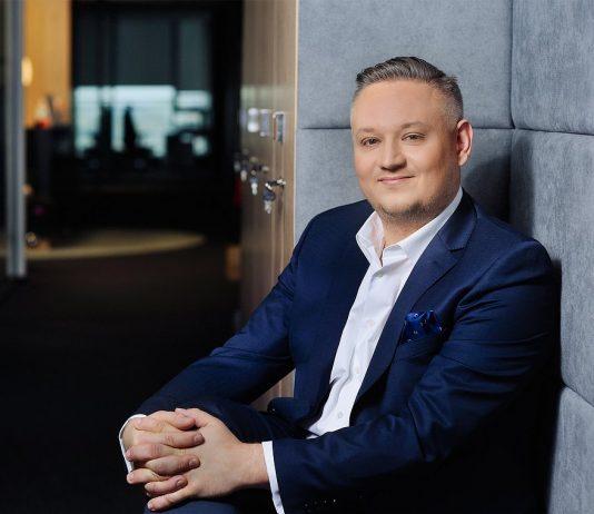 Tomasz Rokita, odpowiadający w Diebold Nixdorf za sektor bankowy