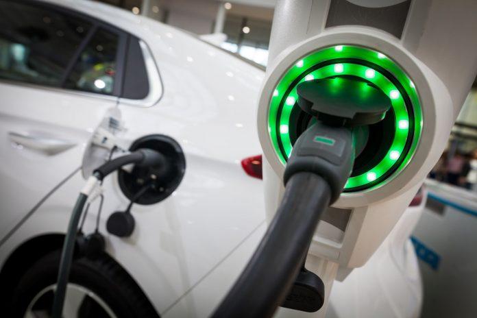 stacja ładowania elektromobilność samochód elektryczny