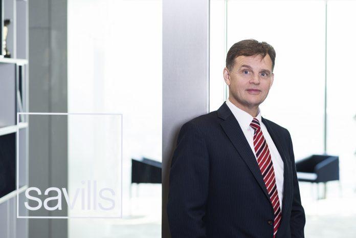 John Palmer, dyrektor zespołu doradztwa inwestycyjnego w sektorze nieruchomości magazynowych i przemysłowych, Savills Polska