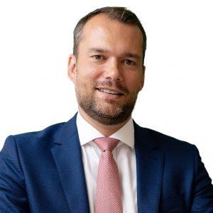 Luke Dawson, dyrektor zarządzający i kierownik ds. rynków kapitałowych w Europie Środkowo-Wschodniej