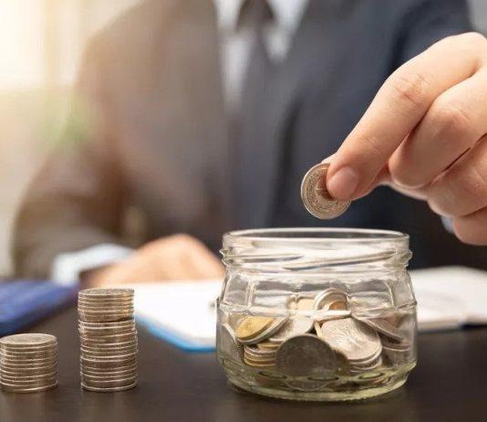 Pieniądze finanse oszczędności emerytura