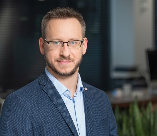 Piotr Bettin menadżer ds. rozwoju biznesu inteligentnych systemów wideo Konica Minolta