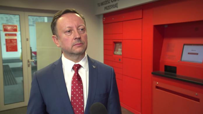 Poczta Polska z tradycyjnego operatora pocztowego przestawia się na obsługę e-handlu. Za 5 lat usługi paczkowe i kurierskie mają stanowić dużą część jej przychodów