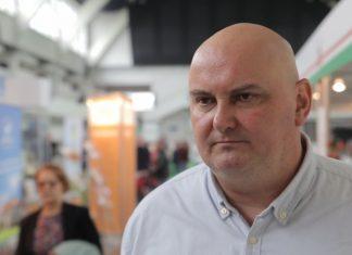 Polska produkcja mleka za duża w stosunku do potrzeb polskiego ryniu. Na eksport trafia jedna trzecia produkcji