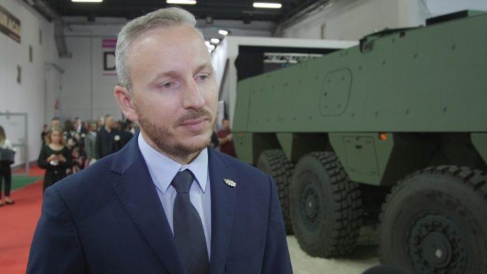 W polskiej armii służy już ponad 800 rosomaków. Ich producent poszukuje nowych rynków eksportowych