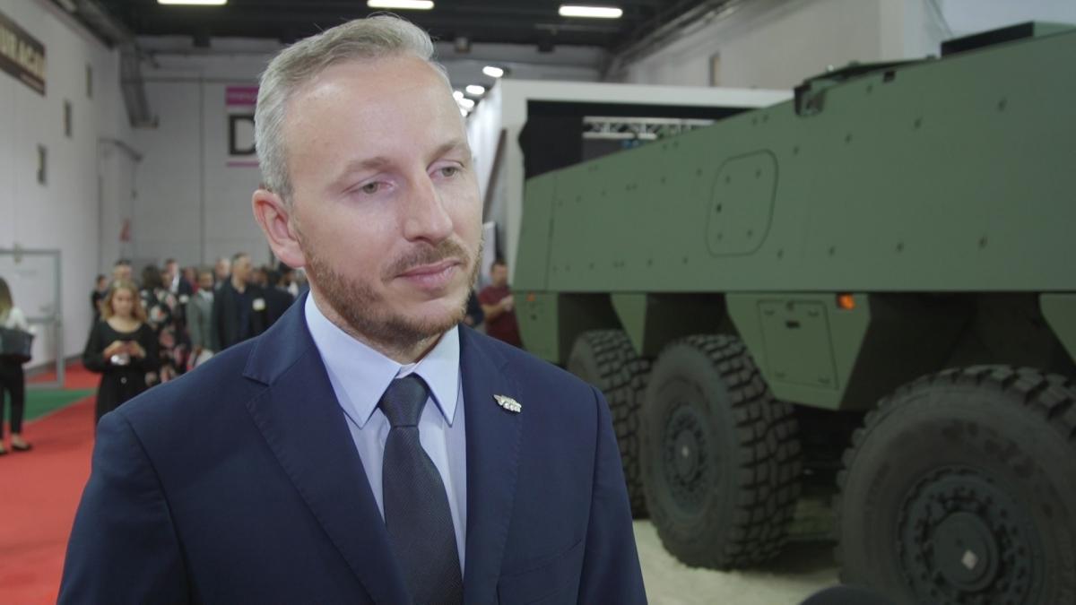 W polskiej armii służy już ponad 800 rosomaków. Ich producent poszukuje nowych rynków eksportowych 1