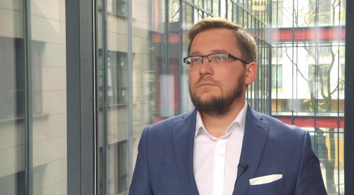 Bartłomiej Derski, ekspert WysokieNapieice