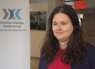 Hostessing w Polsce pełen nadużyć ze strony klientów i pracodawców. Pierwszy raport dotyczący tej branży wskazuje patologie rynku