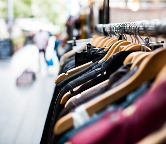 httpsceo.com.pl Szukasz oszczędności Zobacz jak taniej kupować markową odzież i kosmetyki