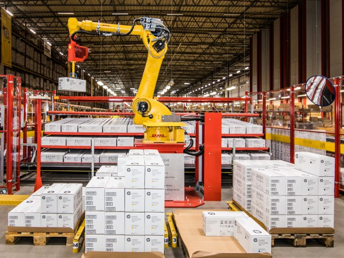 DHL Supply Chain, Robot-Picking Cell – Beringe