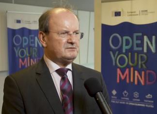 Tadeusz Wawrzyniak, Prezes Związku Pracodawców Przemysłu Odzieżowego i Tekstylnego PIOT