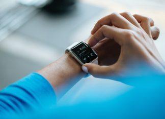 smartwatch opieka medyczna medtech