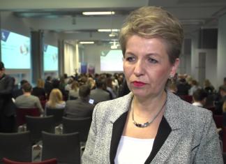 Blisko połowa dorosłych Polaków nie pracuje i się nie uczy. Resort pracy chce w najbliższych miesiącach zająć się ich aktywizacją
