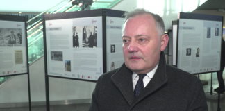 Na Dworcu Centralnym stanęła wystawa upamiętniająca ofiary niemieckich mordów na ludności Warszawy. Przez dwa miesiące mogą ją oglądać tysiące podróżnych